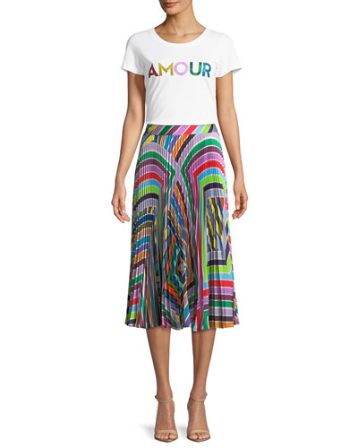 Amour Scoop-Neck Graphic Tee  and Matching Items