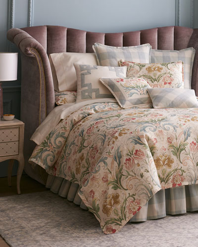 Avenfield King Duvet  and Matching Items