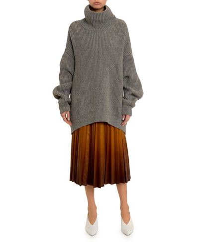 Oversized Chunky Turtleneck Sweater and Matching Items