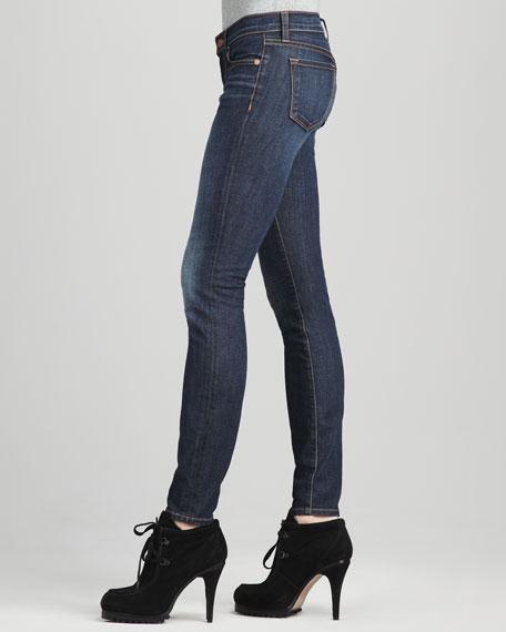 811 Mid-Rise Dark Vintage Skinny Jeans