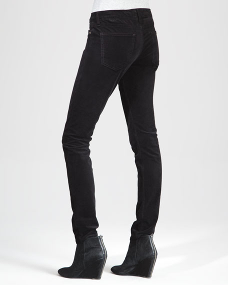 The Low-Rise Skinny Jeans