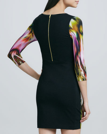Scoop-Neck Front Printed Dress