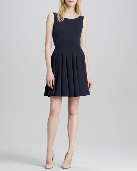 Kaien Pleated Sleeveless Dress