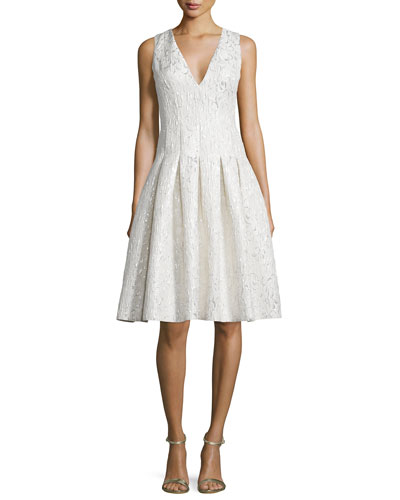 Sleeveless V-Neck Pleated Cocktail Dress