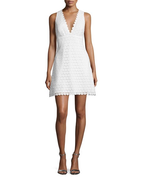 Jill Jill Stuart Sleeveless V-Neck Crocheted Lace Cocktail