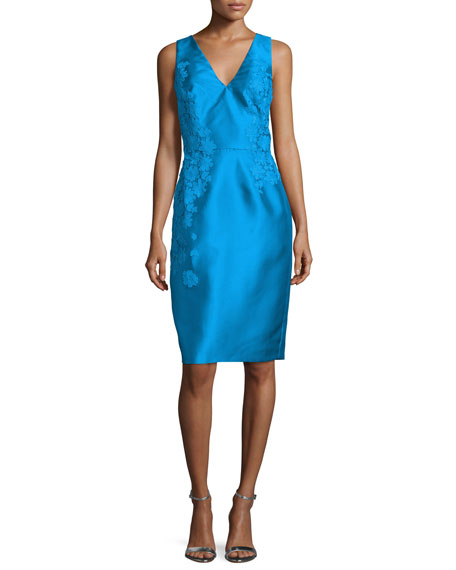 ML Monique LhuillierSleeveless Floral Applique Sheath Cocktail