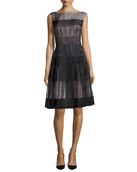sleeveless pleated geometric tile dress, black
