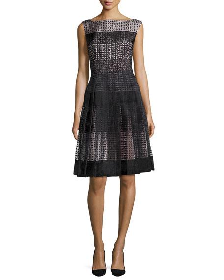 sleeveless pleated geometric tile dress, black