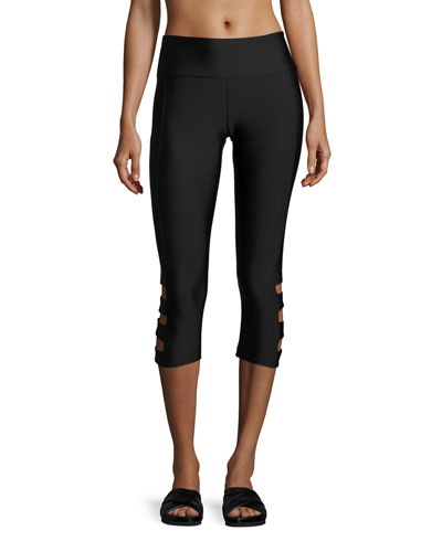 Cutout-Side Capri Leggings