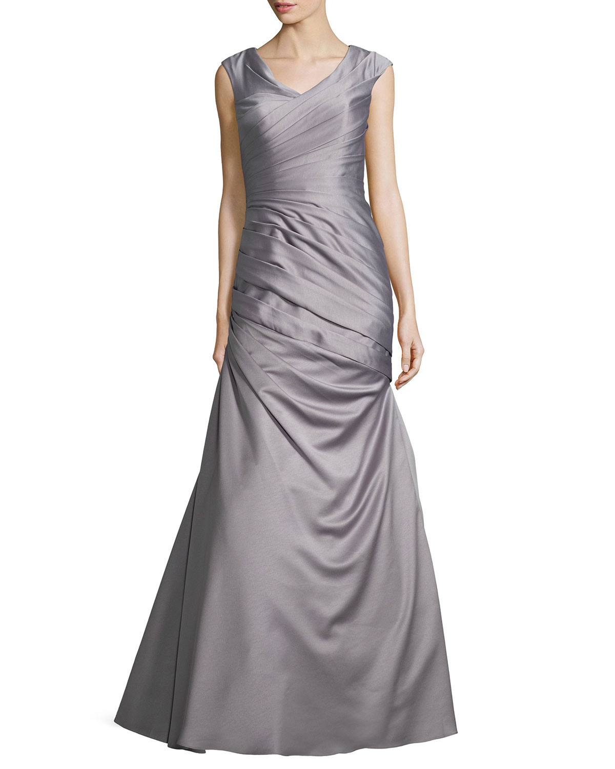La Femme Cap-Sleeve Ruched Mermaid Gown