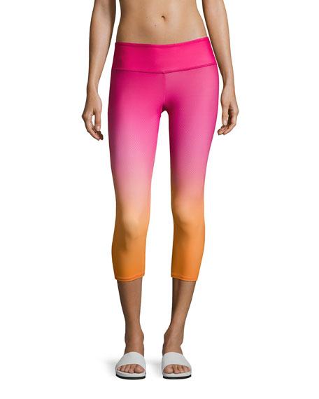 Onzie Graphic Capri Performance Leggings, Pink