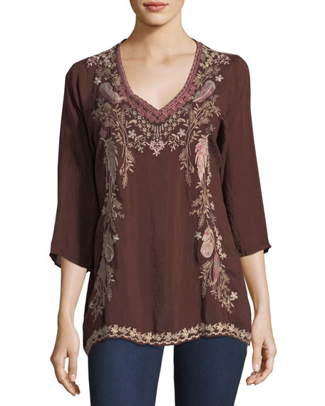 Ollie 3/4-Sleeve Embroidered Blouse