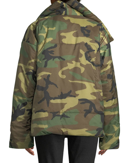 Sleeping Bag Camo-Print Short Coat