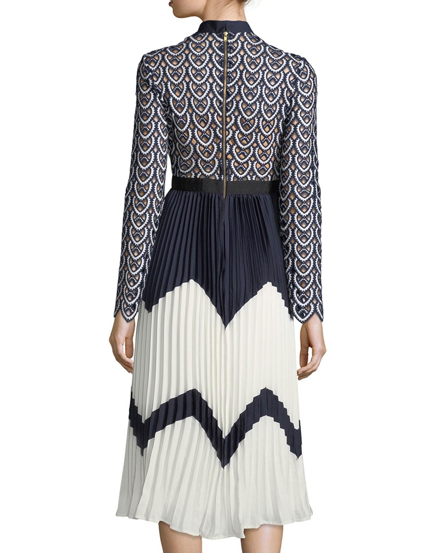 3d94da7404f5 Self-Portrait Sweetheart Long-Sleeve Crochet-Lace Midi Dress | Neiman Marcus