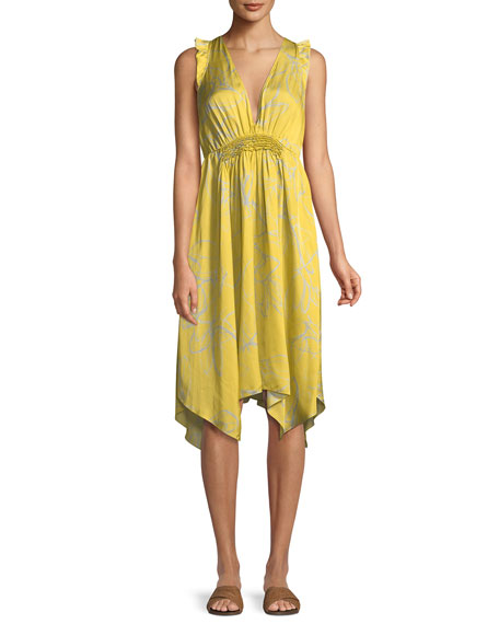 Image 1 of 3: Halston Heritage Ruffle-Trim V-Neck Floral-Print Dress