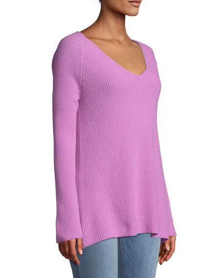 Shaker-Stitched Cashmere V-Neck Sweater