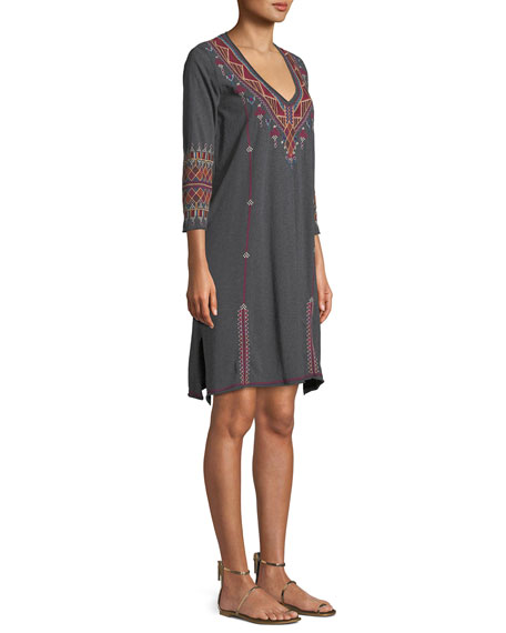 Marjan 3/4-Sleeve Embroidered Tunic Dress