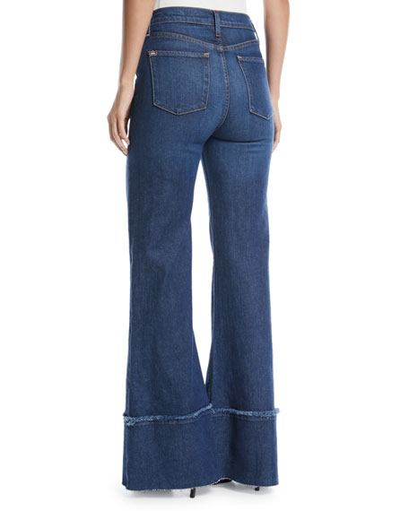 Gorgeous High-Rise Wide-Leg Jeans with Exaggerated Hem