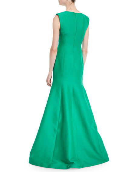 Halston Heritage Sleeveless V-Neck Trumpet Gown