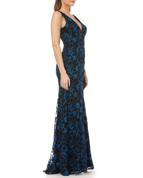 Carmen Marc Valvo Infusion V-Neck Sleeveless Embroidered Overlay Column Gown