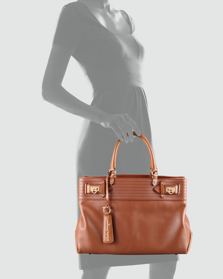 W Vitello Tote Bag, Tan