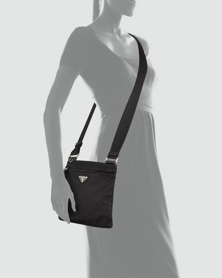 Vela Crossbody Messenger Bag, Black (Nero)