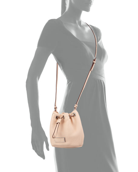 Too Hot to Handle Mini Drawstring Crossbody Bag, Tropical Peach