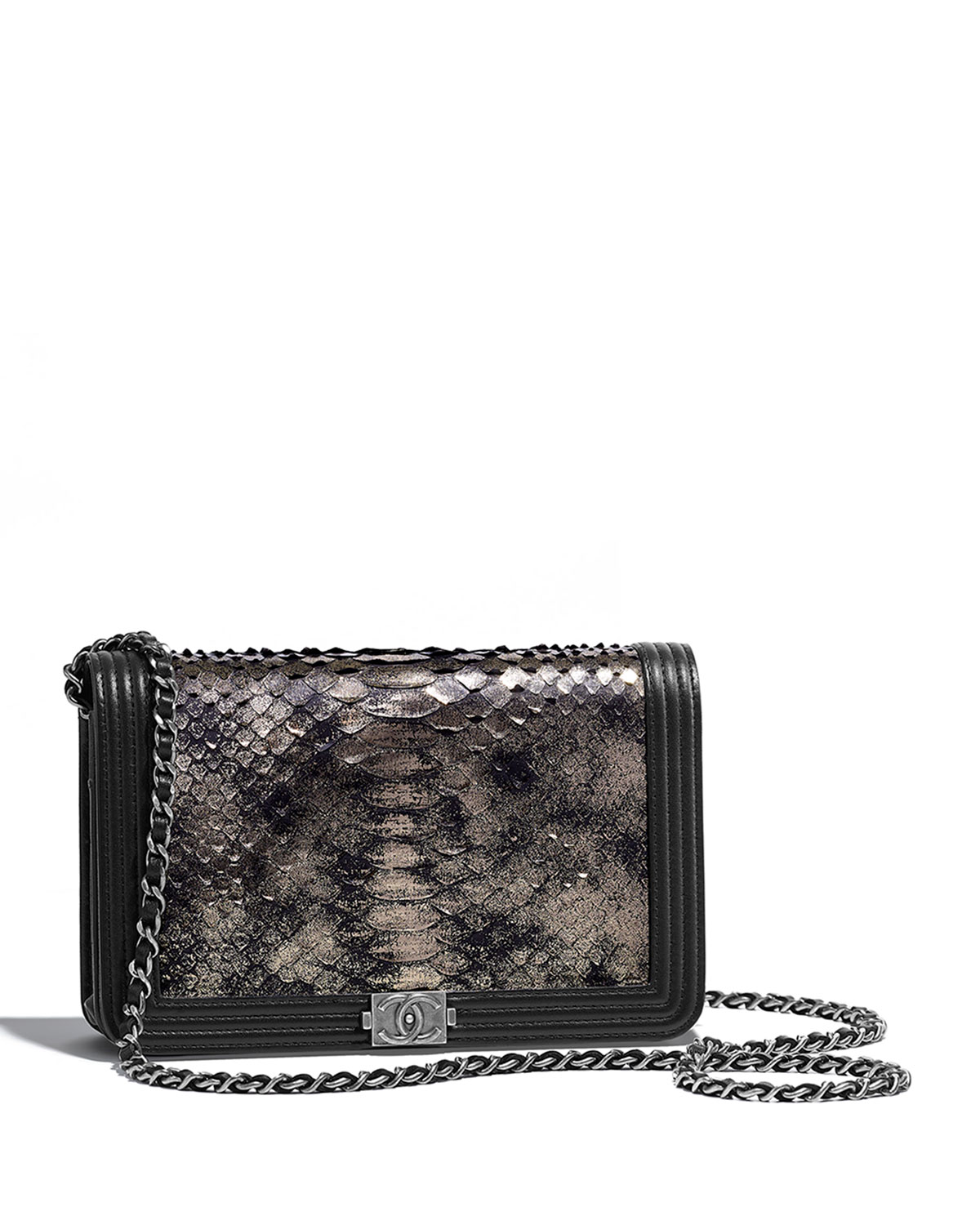 be857a5e1510 CHANEL BOY CHANEL WALLET ON CHAIN