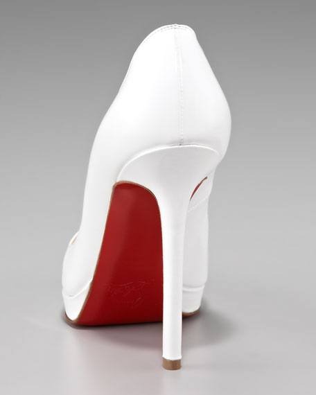 Pigale Plato Point-Toe Patent Pump
