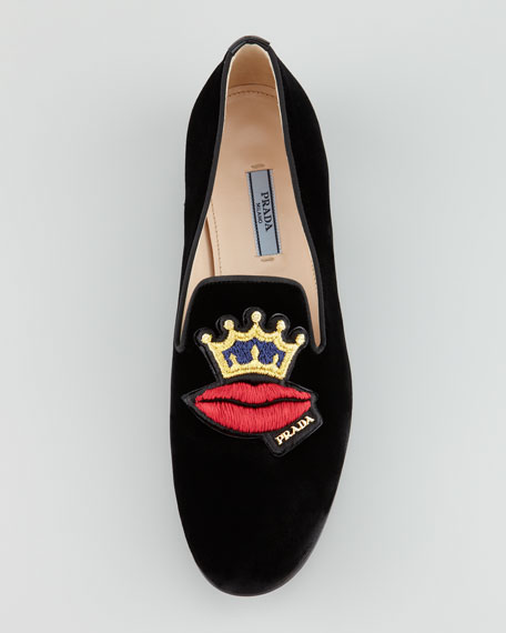 Velvet Lip-Embroidered Smoking Slipper