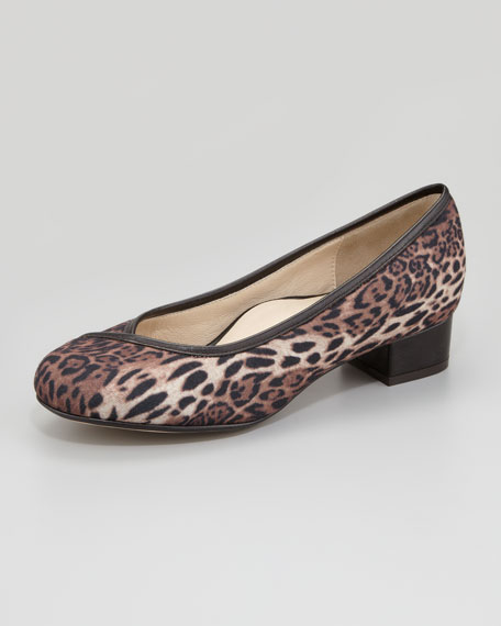 Janison Stretch Fabric Pump, Leopard Print
