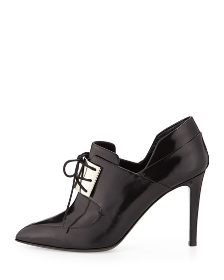 Metal-Vamp Oxford Pump, Black