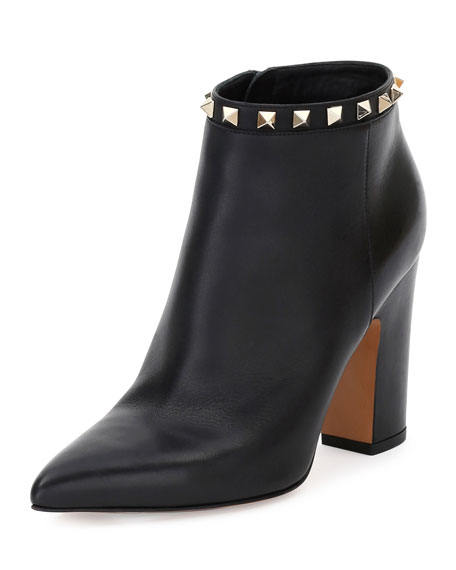Rockstud Pointed-Toe 100mm Ankle Boot, Black (Nero)