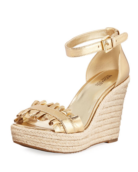 MICHAEL KARC4IbPpd Bella Ruched Metallic Leather Wedge Sandal CN4Ds