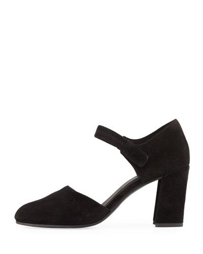 9cd1972ea7d805 ... Shop All Women s Designer Shoes at Neiman Marcus best quality f2c93  72672 ...