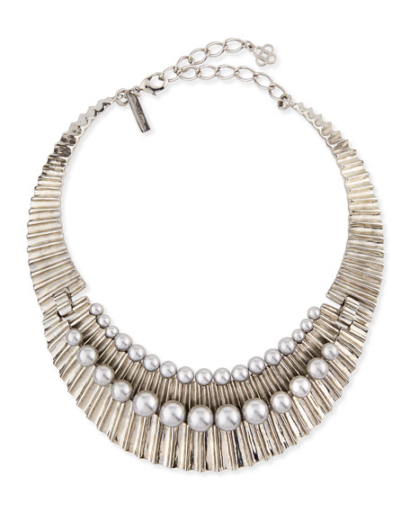 Oscar de la Renta Bold Pearly Collar Necklace