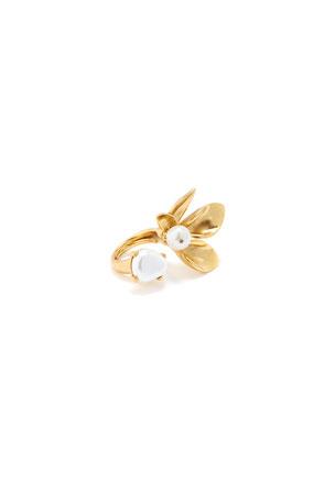 Oscar de la Renta Pearly Flower Ring