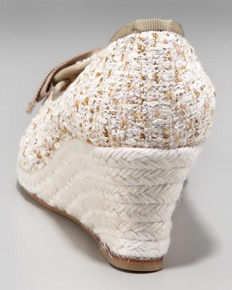 Tweed Bow Wedge