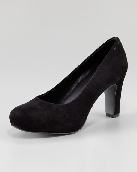 Pure I Suede Round-Toe Pump