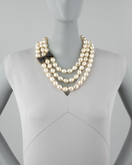 bow-detailed pearl necklace