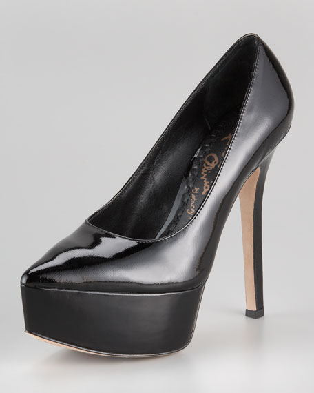 Willow Pointed Platform Pump