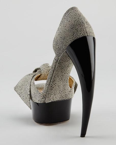 Bow Horn-Heel d'Orsay Pump