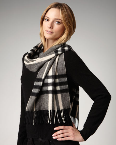 Giant Check Classic Scarf, Charcoal