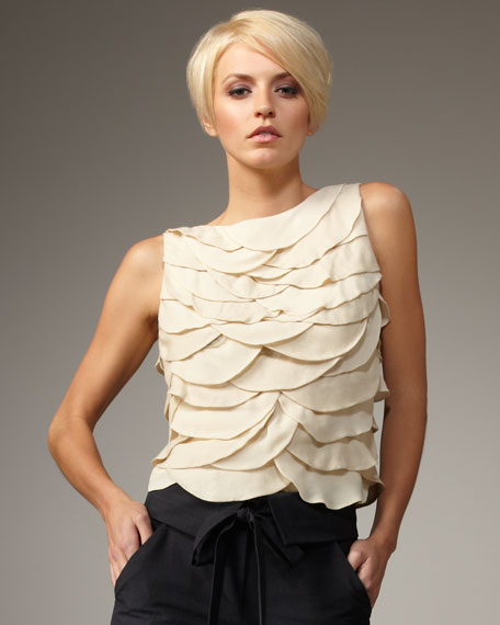 Tiered Scallop Top