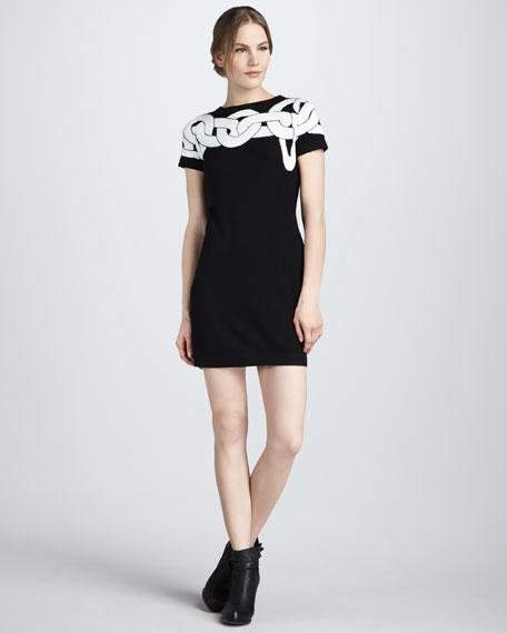 Kivel Simple Chains Dress