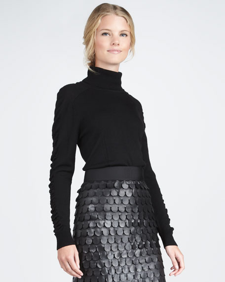 Ruch-Sleeve Turtleneck