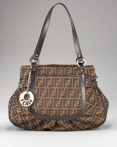 Zucca Grande Shoulder Bag