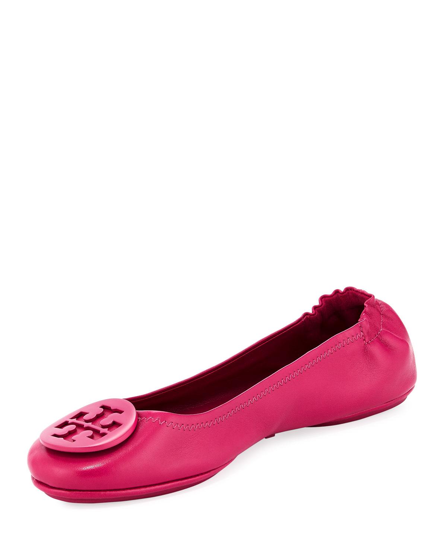 bd58bd1d9129 Tory Burch Minnie Travel Logo Ballet Flats