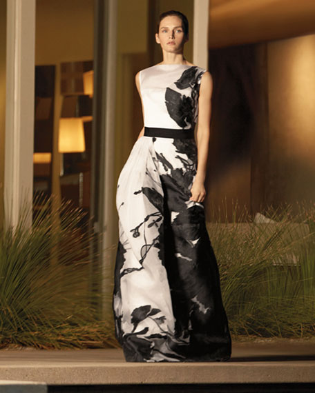 Dramatic Floral Fil Coupe Gown, Caviar/Cream