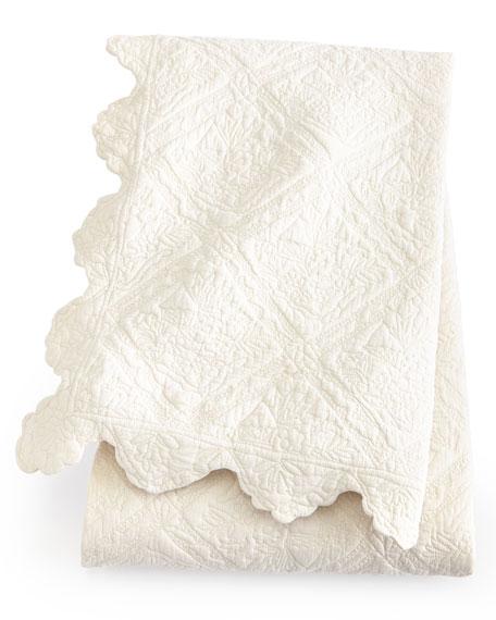 Twin Zella Scalloped Quilt